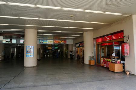 樟葉駅ビル130325-13