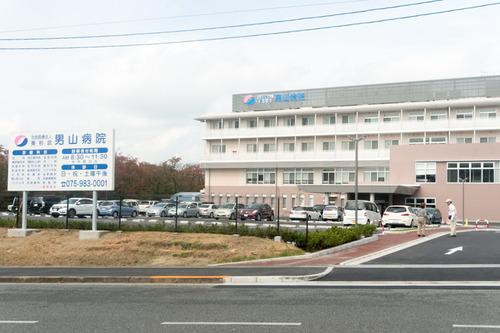 男山病院駐車場-14102118