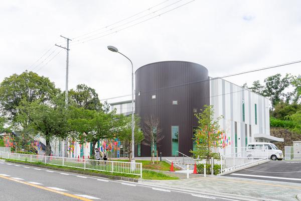 香里ケ丘図書館-2007171