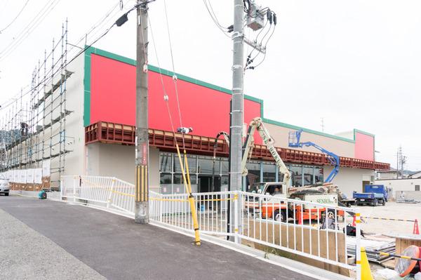 20170904キリン堂っぽい建物-5