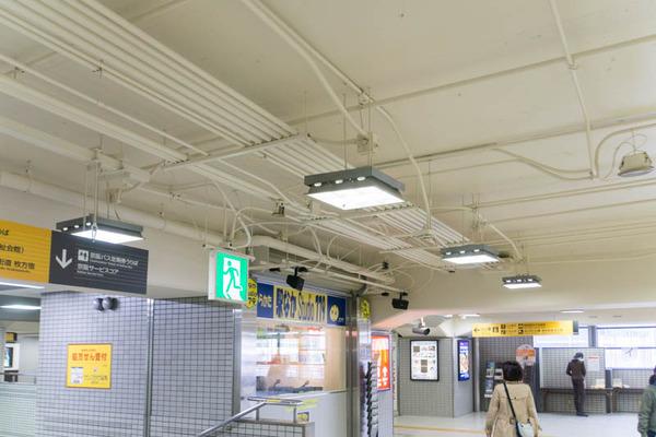 市駅-1804078