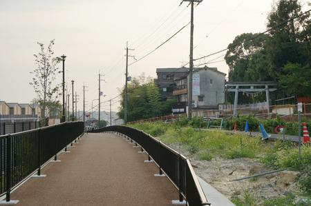 枚方茨木線歩道設置工事130815-25