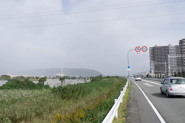台風-17102369