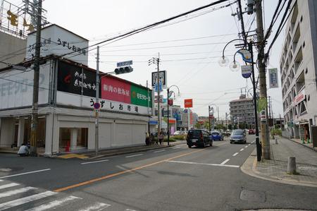 スギ薬局枚方北店130605-09