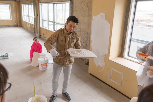 ひらばDIY漆喰塗り体験-26