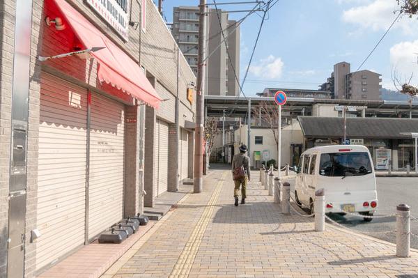 津田駅-1812174