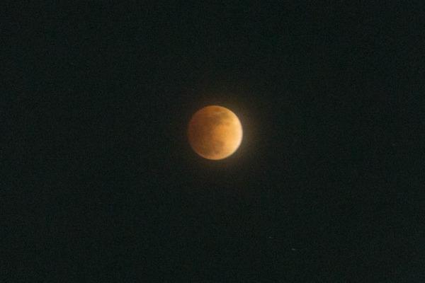 月食-1801312
