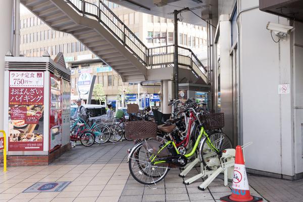 枚方市駅駐輪場-16101739