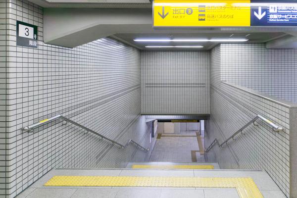階段と通路-1710028