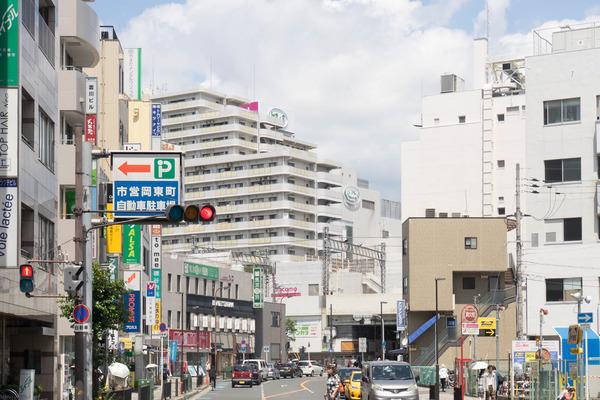 枚方市駅-1906241