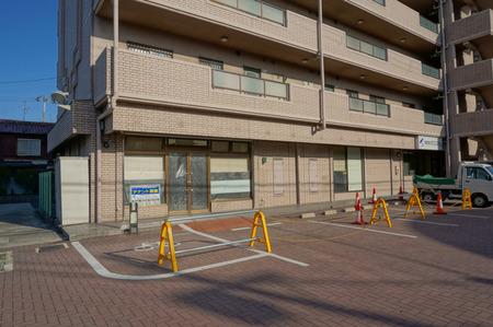 セブンイレブン寝屋川田井店130321-02