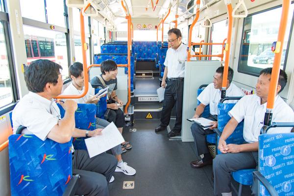 京阪バス-59