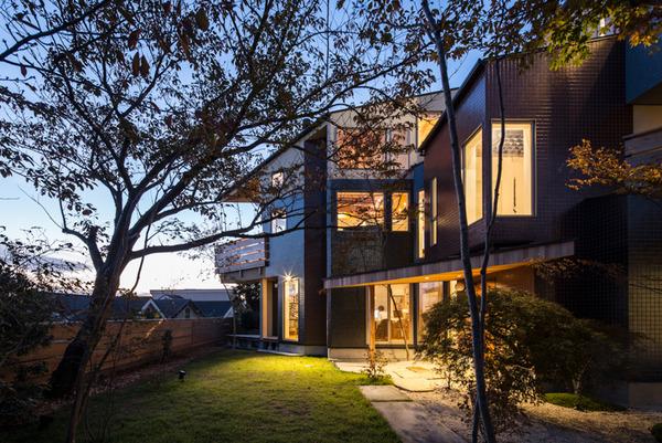 明石海峡を望む家ージオメトリー45°