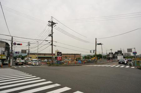 村野西町コンビニ130430-10