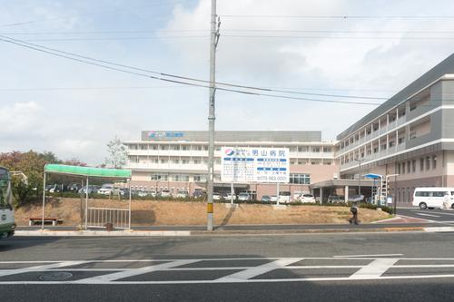 男山病院駐車場-1410214