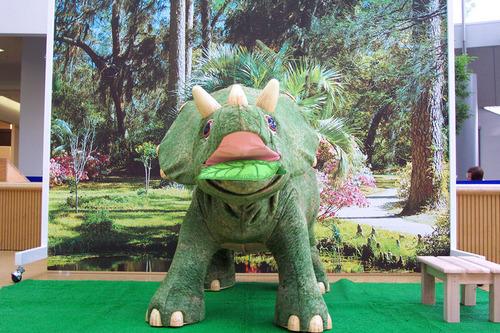 恐竜パーク3ミニトリケラ撮影コーナー_01