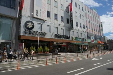 TSUTAYA枚方駅前本店130612_01