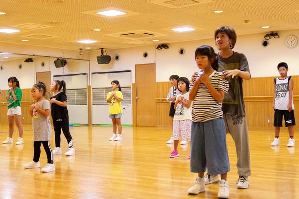 dance-18072841