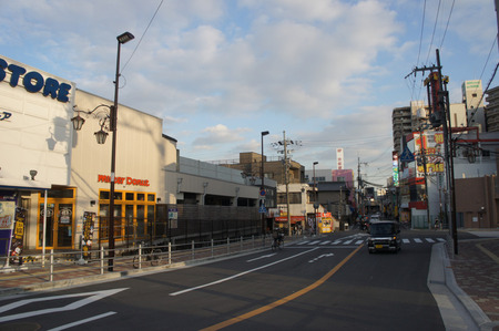 京阪ザ・ストア牧野店121227-02