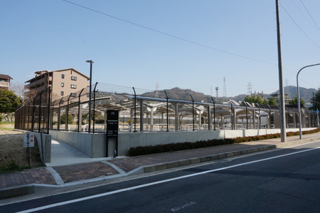 津田東自転車駐輪場130319-02