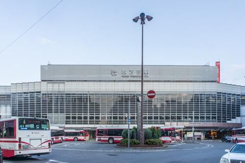 枚方市駅ロータリー-14081710