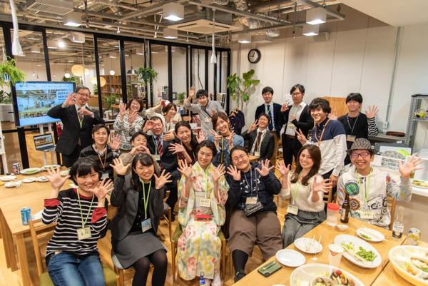大阪・枚方市のコワーキングスペース ビィーゴのビィーゴ交流会の様子