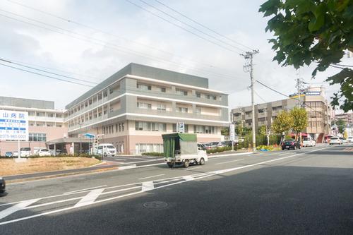 男山病院駐車場-1410213