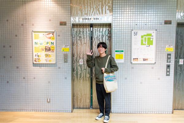 大阪・枚方市のコワーキングスペース ビィーゴまでの行き方 枚方ビオルネのエレベーター