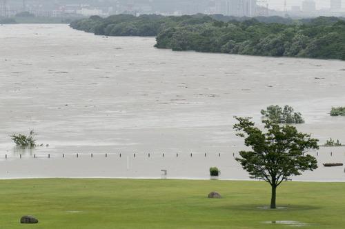 台風11号・淀川-10