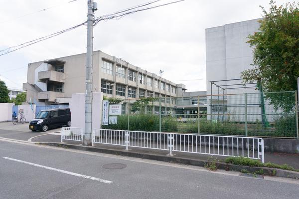 伊加賀小学校