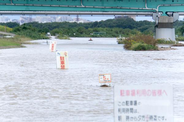 台風-17102310