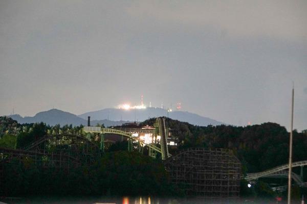 生駒に言及しがちな枚方の小学校の校歌の中、比叡山について言及している小学校はどこ小?【ひらかたクイズ】