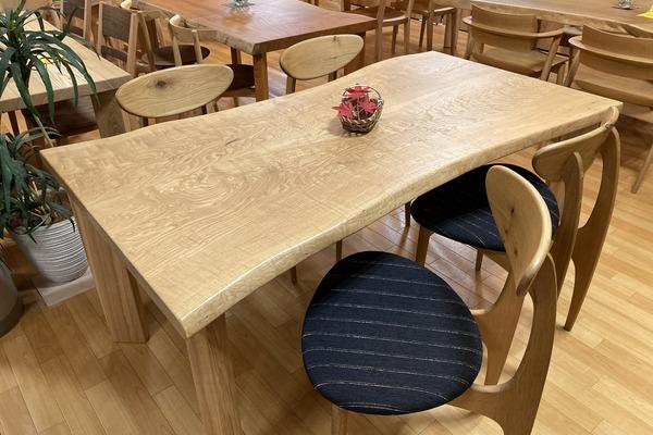 ①クリのテーブル