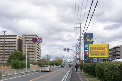 ファミリーマートTSUTAYA長尾店-15112703