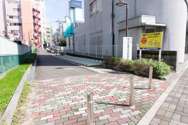枚方市駅駐輪場-16101721