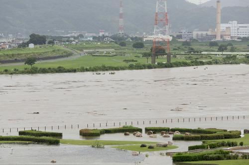 台風11号・淀川-6