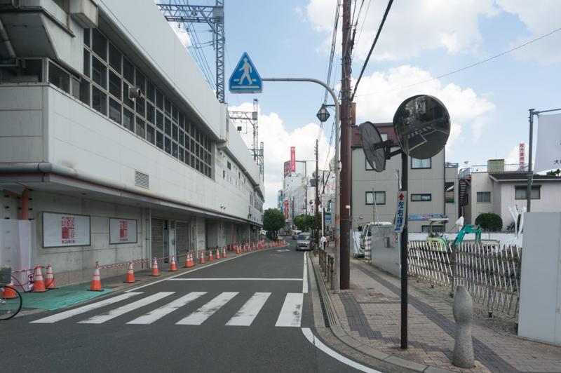 三菱東京UFJ銀行本厚木支店| カードローンATM・無 …