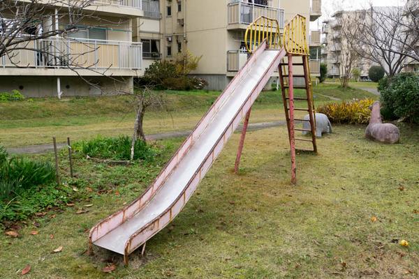 滑り台-1711302