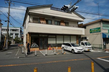セブンイレブン枚方村野駅前店130720-02