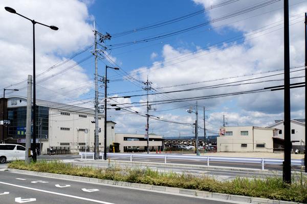 長尾駅前-1706131