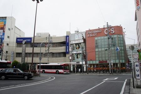 枚方市駅北口ロータリー120308