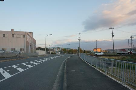 長尾荒阪コンビニ131122-06