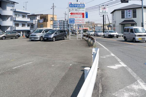 長尾駅前-1704149