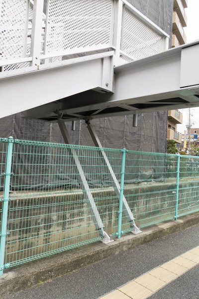 くずは歩道橋-1802154