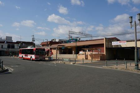 枚方公園駅130225-01