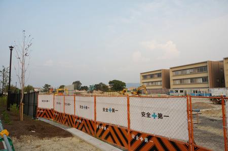 枚方茨木線歩道設置工事130815-48