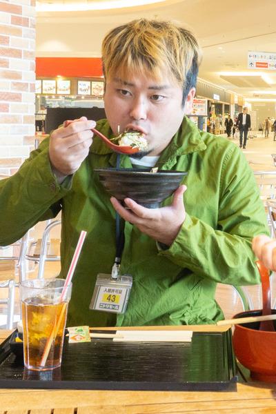 ニトリ大食い1小-111