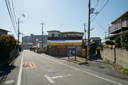 スーパーカワセ黄金野店130920-08