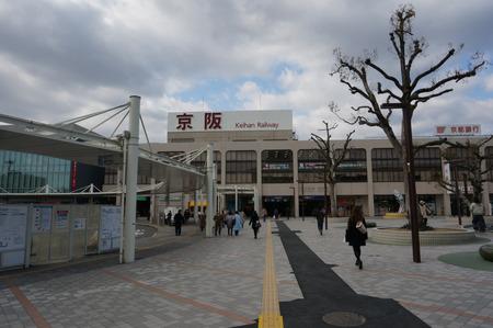 樟葉駅バスモニター130129-01