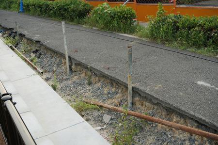 枚方茨木線歩道設置工事130815-35